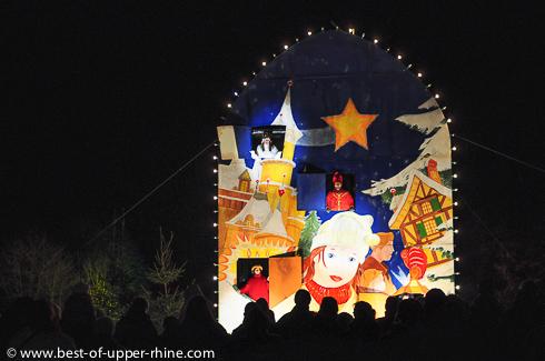 Calendrier de l'Avent géant, Sentiers de Noël, Osthouse, Alsace.