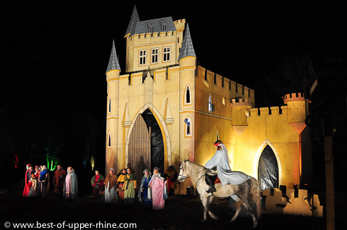 Sentiers de Noël à Osthouse en Alsace. Prochaine édition en 2014.