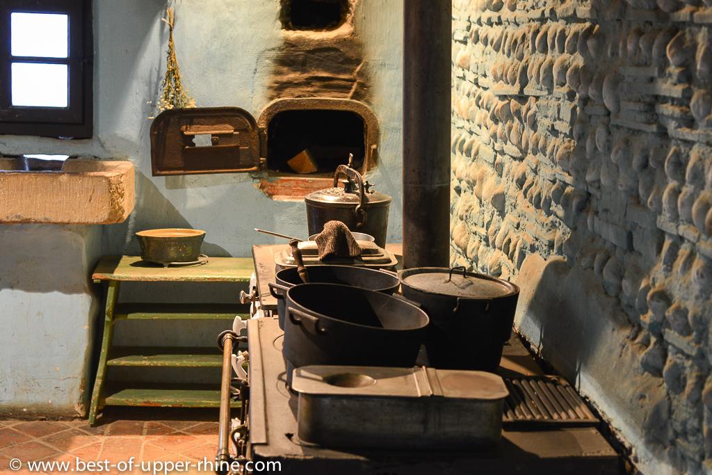 une cuisine comme autrefois ecomus e d alsace bons baisers du rhin sup rieur. Black Bedroom Furniture Sets. Home Design Ideas