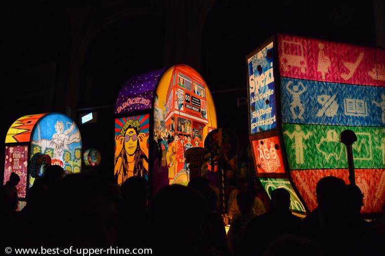 Grandes lanternes du Morgenstreich