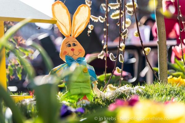 lièvre de Pâques au marché de Printemps à Colmar
