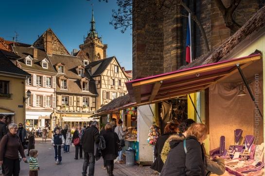 Marché de Pâques et de Printemps autour de l'église des Dominicains à Colmar.